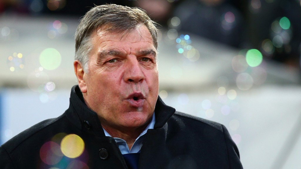 LONDON, ENGLAND - MARCH 21:  Sam Allardyce the West Ham manager looks on during the Barclays Premier League match between West Ham United and Sunderland at Boleyn Ground on March 21, 2015 in London, England.  (Photo by Ian Walton/Getty Images)