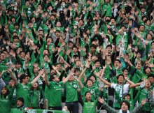 TOKYO, JAPAN - MARCH 08:  (EDITORIAL USE ONLY) Tokyo Verdy supporters cheer prior to the J. League 2nd division match between Tokyo Verdy and Cerezo Osaka at Ajinomoto Stadium on March 8, 2015 in Tokyo, Japan.  (Photo by Masashi Hara/Getty Images)